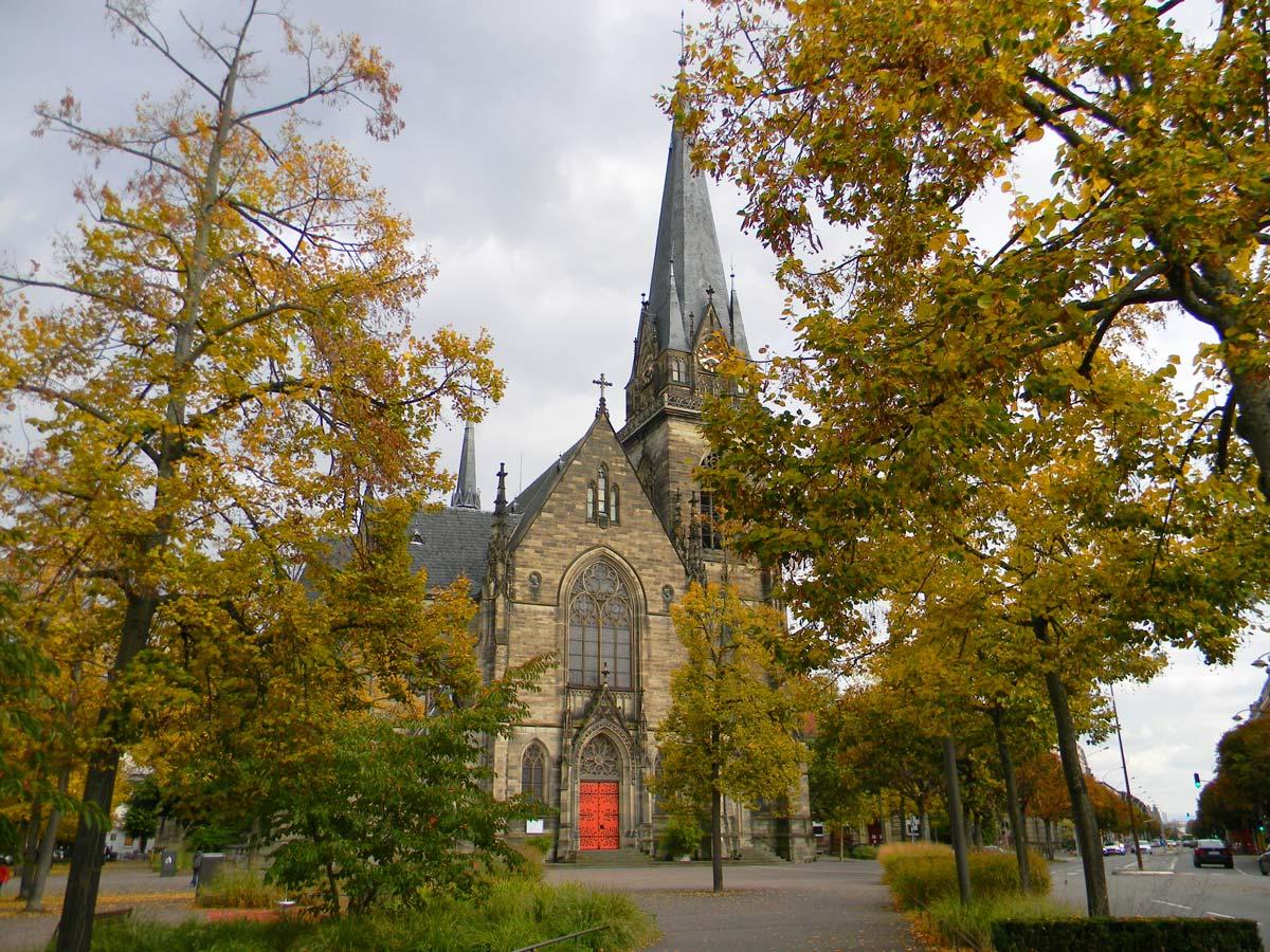 Cathédrale strasbourg en automne