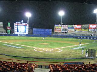 Home to center, Estadio Casas GEO