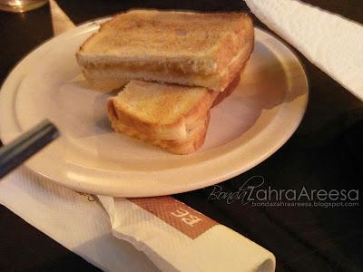 Roti Bakar Kaya, western terbaik taiping