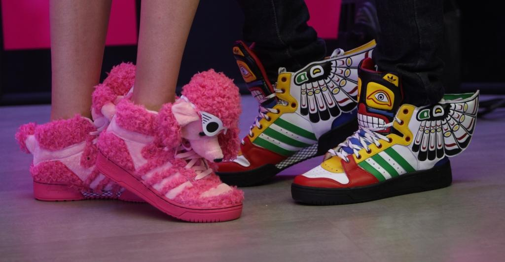 the latest dc3aa aeb33 don t miss these gorgeous Sneakers adorned with sunglass-wearing poodles  and bears.