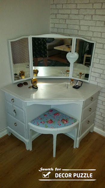 Unique Modern Corner Dressing Table Design Small Bedroom
