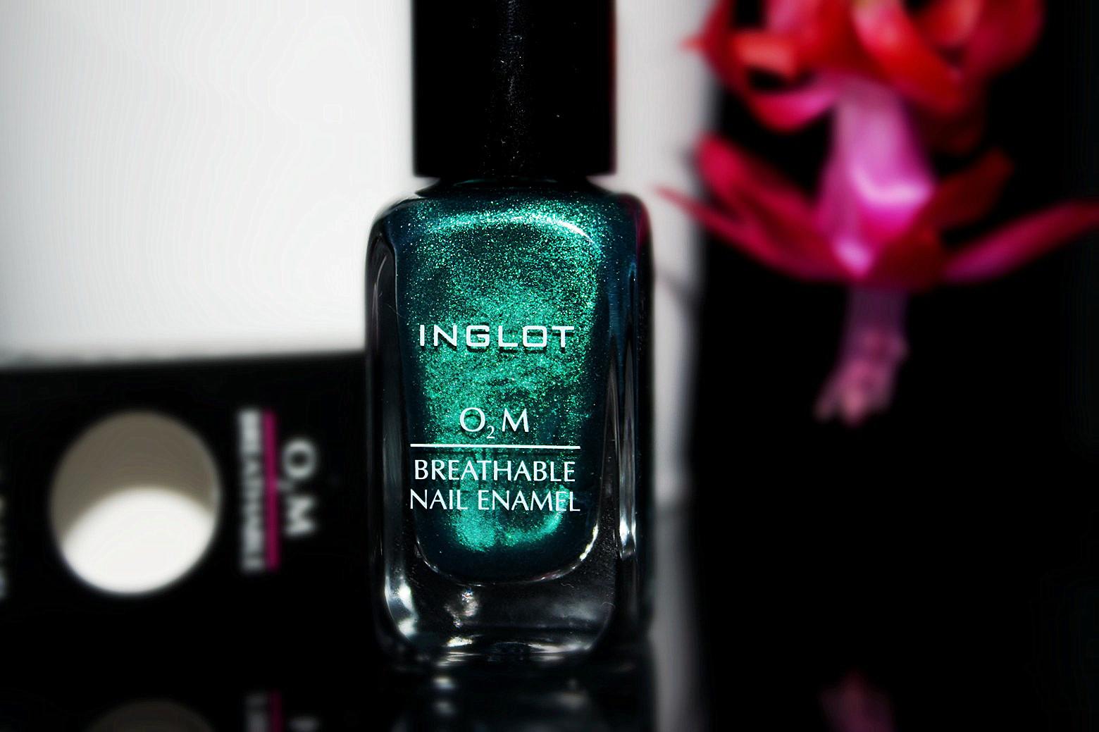 oddychający lakier do paznokci inglot, turkusowy lakier, manicure inglot