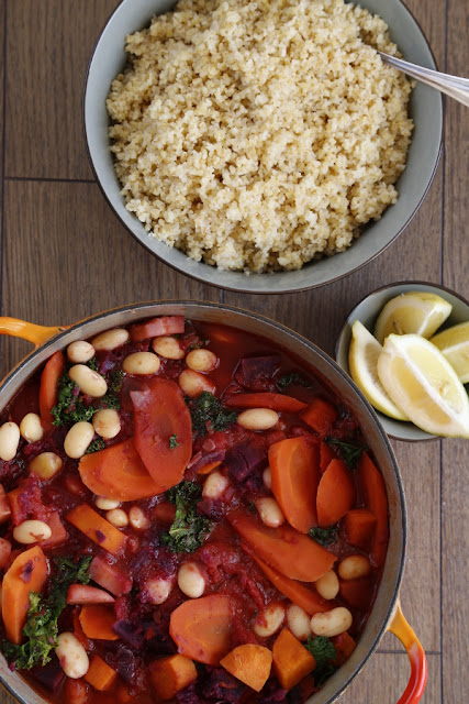 Stew, bulgur and lemon