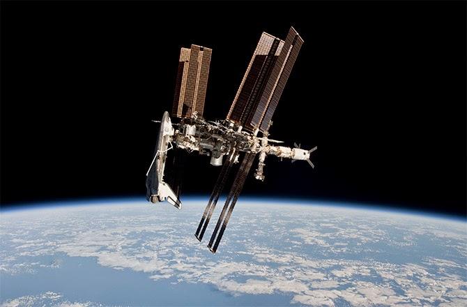 onibus espacial norte-americano na iss