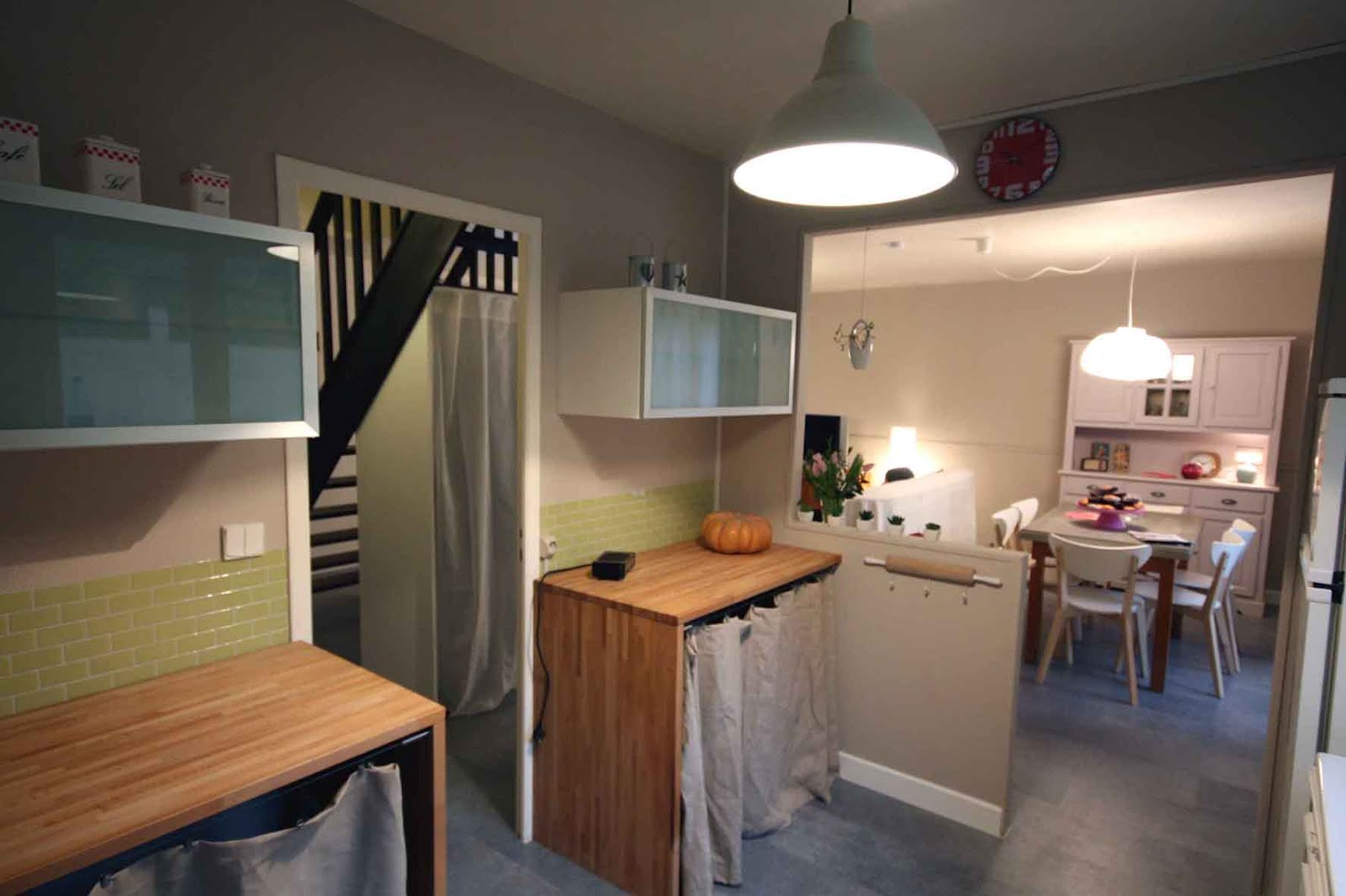 sophie decoratrice maison a vendre cauchemar en cuisine loin du succs du meilleur ptissier. Black Bedroom Furniture Sets. Home Design Ideas