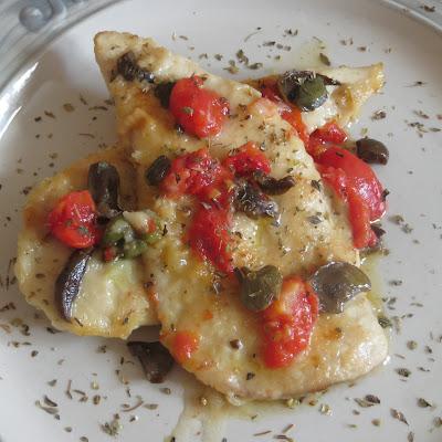 pollo alla siciliana con olive, capperi e pomodorini