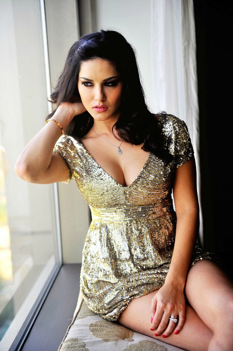 I Want To Do A Family Oriented Film Sunny Leone-2383
