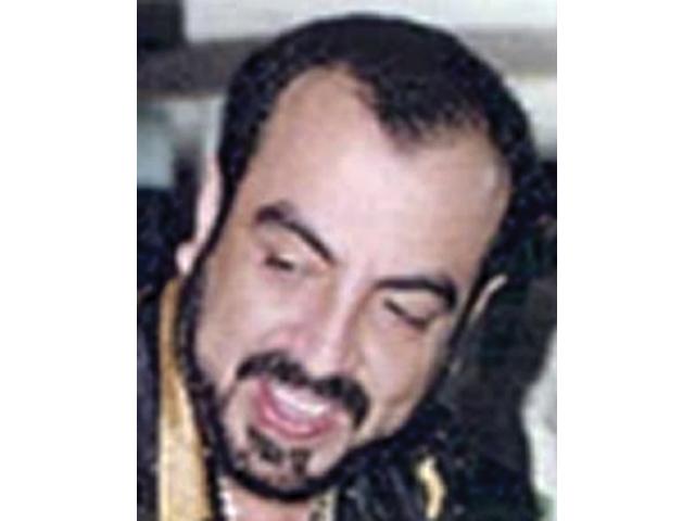 """Quién dio la orden de bajarle los pantalones y """"tapizar"""" con billetes el cuerpo de Arturo Beltran Leyva"""