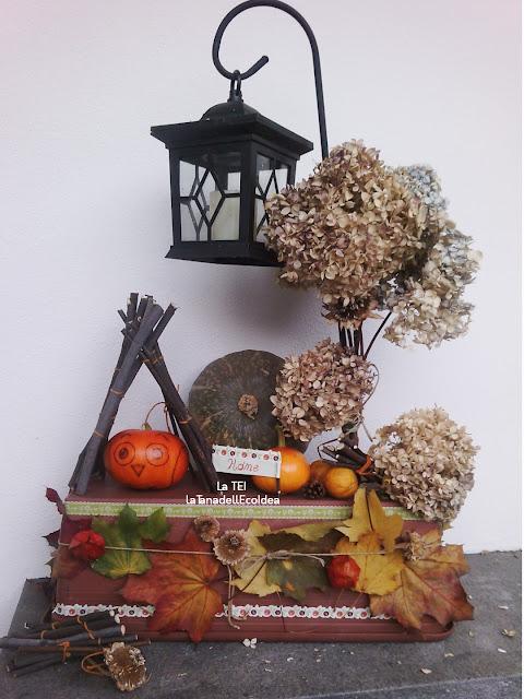 Recupero di materiale, zucche, fiori di ortensia, legnetti