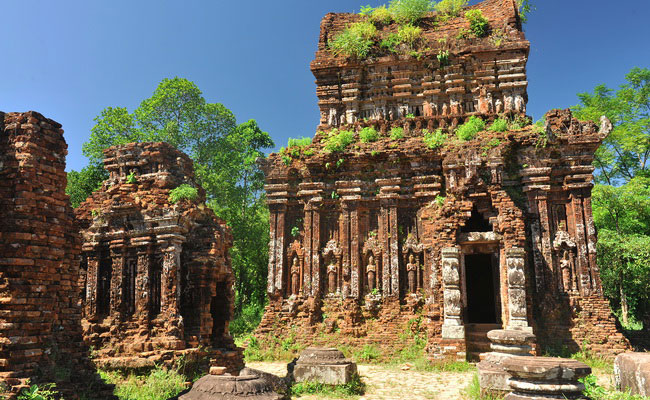 www.xvlor.com My Sơn is Shiva temples complex built by Champa dynasty in 380 AD