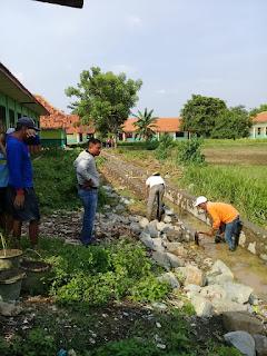 Proyek JITUT ( Jaringan Irigasi Tingkat Usaha Tani ) di Desa Sukadaya Terindikasi Tidak Jelas