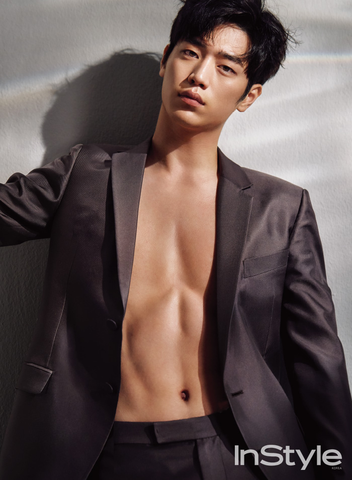 Seo Kang Joon Bares Abs In Instyle Korea S August Issue