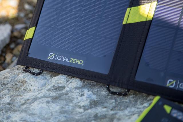 Goal-Zero Solar-Ladegerät venture-30 nomad-7 solar-charging 04