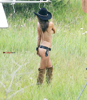 Alessandra-Ambrosio-502+%7E+SexyCelebs.in+Exclusive.jpg