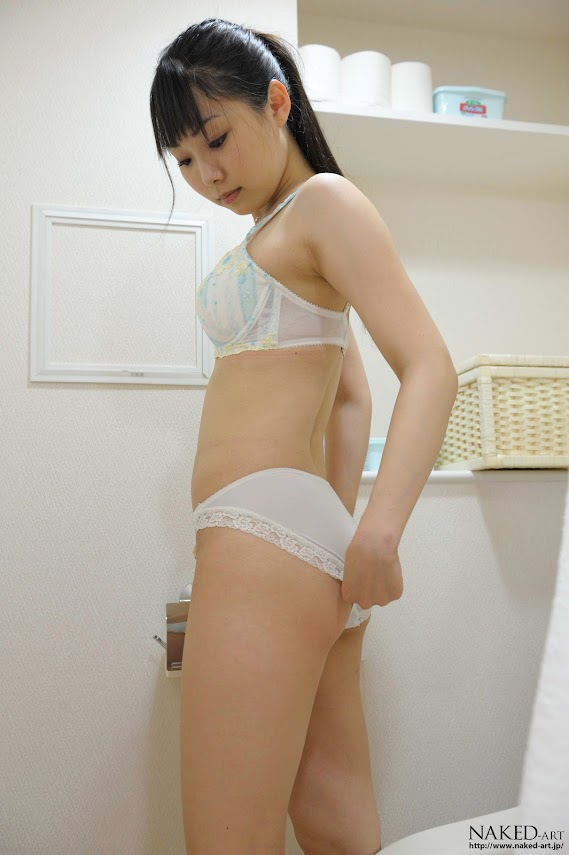Naked-Art_261_Photo_No.00367_Asuka_Ichinose.rar NakedArt-367