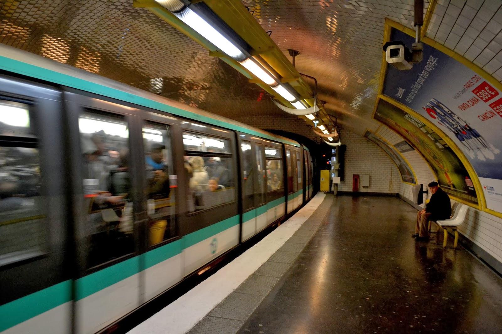 Parisian Metro, Paris