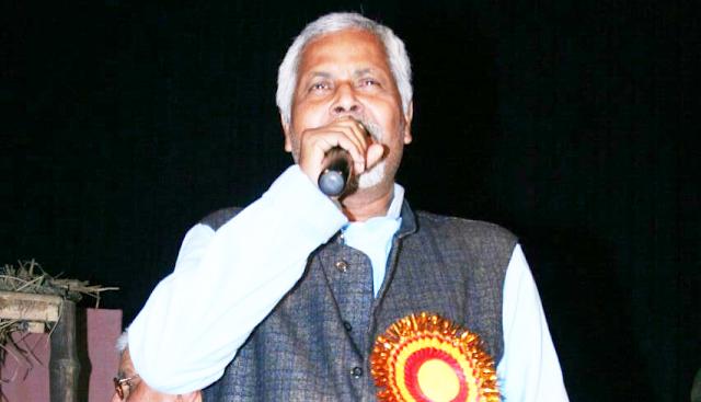गाम सं भागल जा रहल अछि नाटक : अरविन्द अक्कू