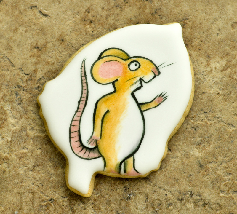 Handpainted Mouse from Gruffalo acorn-shaped decorated sugar cookie.