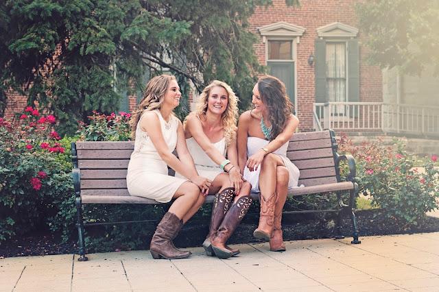 B.Hodges Photos: Caitlyn Cagle + Lindsay Westrick + Ashley A