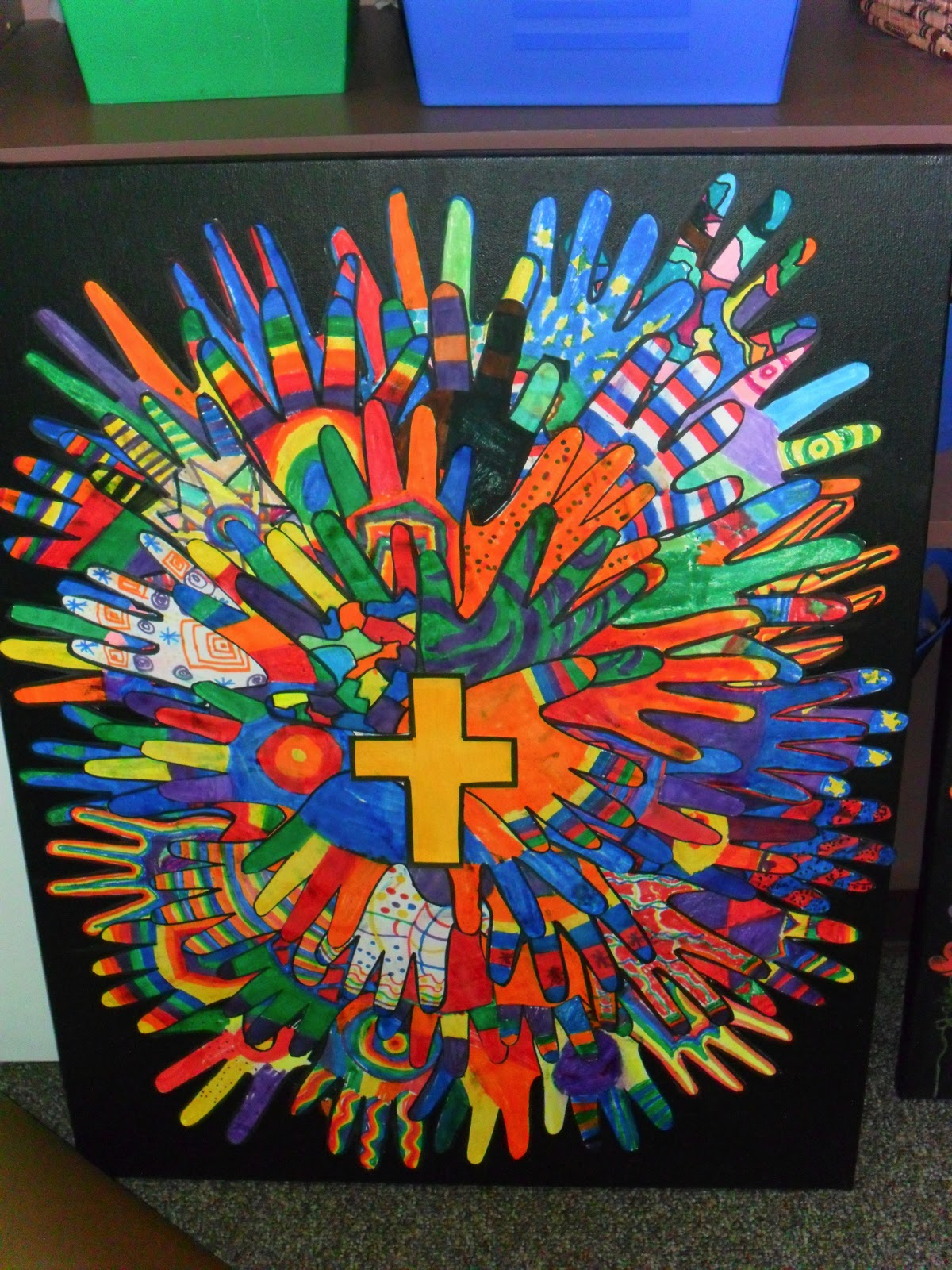 Class Auction Photo Projects, Cross with hands and hearts ...