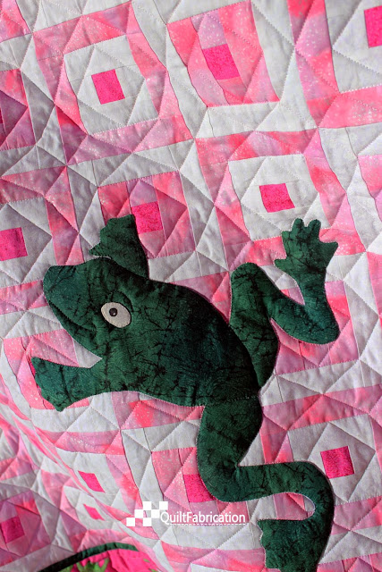 Hoppy pink quilt closeup