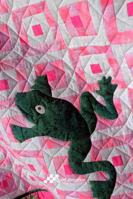 Hoppy pink quilt closeup