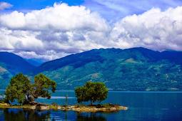 Keindahan Wisata Alam Danau Singkarak Sumatera Barat