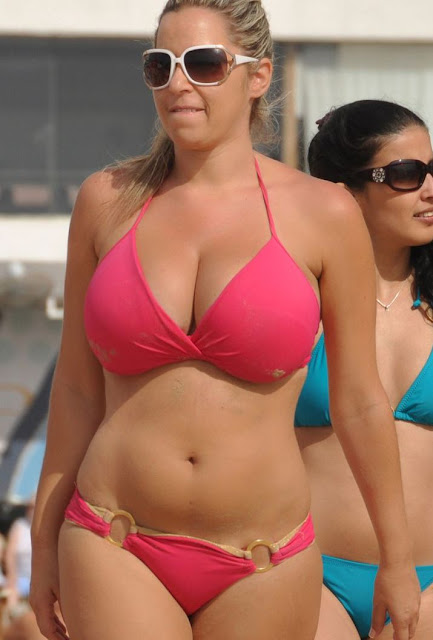 Skinny Vs Curvy Hot Bikini Photo,Hot Bikini Photos,Hot -8876