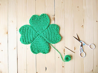 Free Pattern: LittleThingsBlogged.com