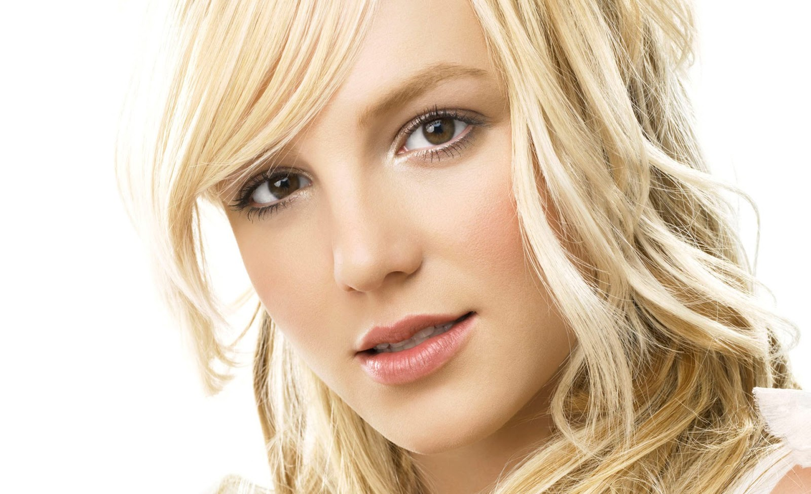HD wallpapers: Hollywood Famous Singer Britney Spears Hot & Spicy HD 2012 Wallpapers 1920x1170