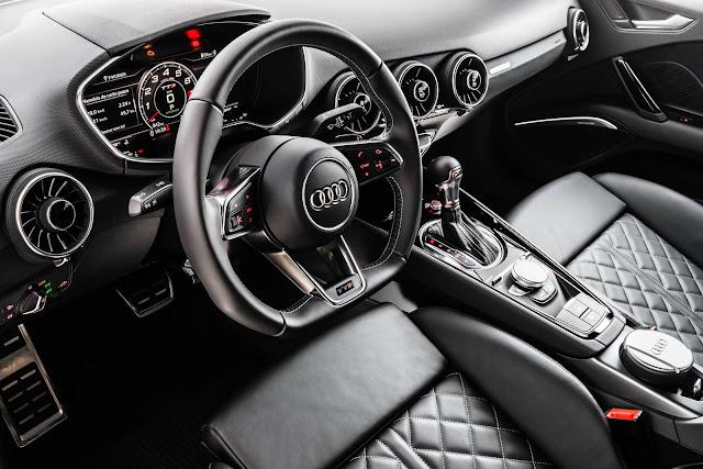 Novo Audi TTS - interior