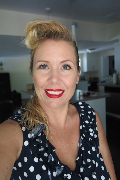 rockabilly pinup girl hair tutorial