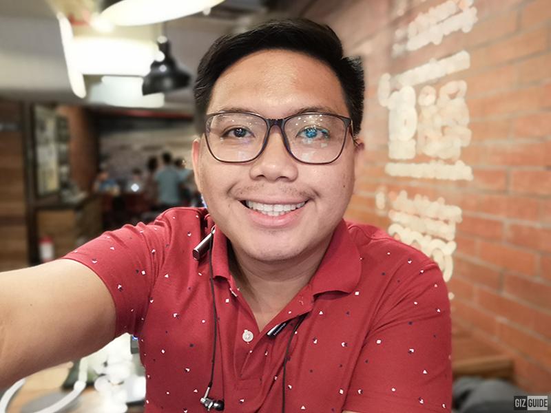 Selfie bokeh with face beauty level 2