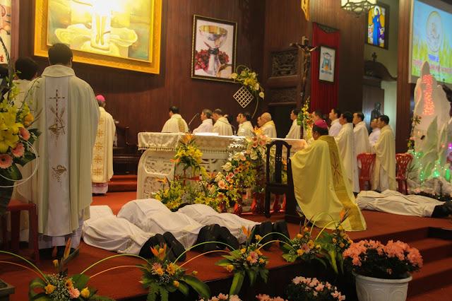 Lễ truyền chức Phó tế và Linh mục tại Giáo phận Lạng Sơn Cao Bằng 27.12.2017 - Ảnh minh hoạ 119