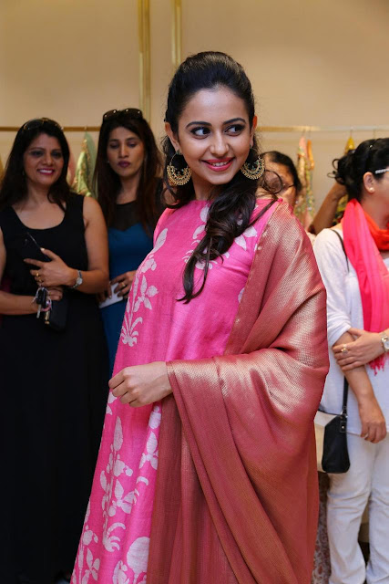 Rakul Preet Singh Pink Dress images at Lakme Fashion Week
