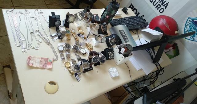 Suspeitos de roubo em Relojaria de Jardim Alegre são presos pela PM