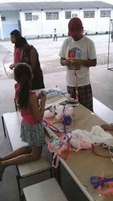 Grupo São Gonçalo realiza Oficina na Escola da Família da Escola Yolanda durante festa em comemoração ao Dia das Crianças