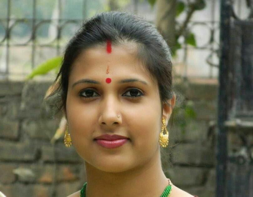 Hot bhabhi ke honeymoon ki nude pics