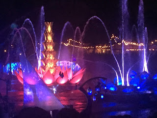 Rivers Of Light Show, Animal Kingdom Walt Disney World