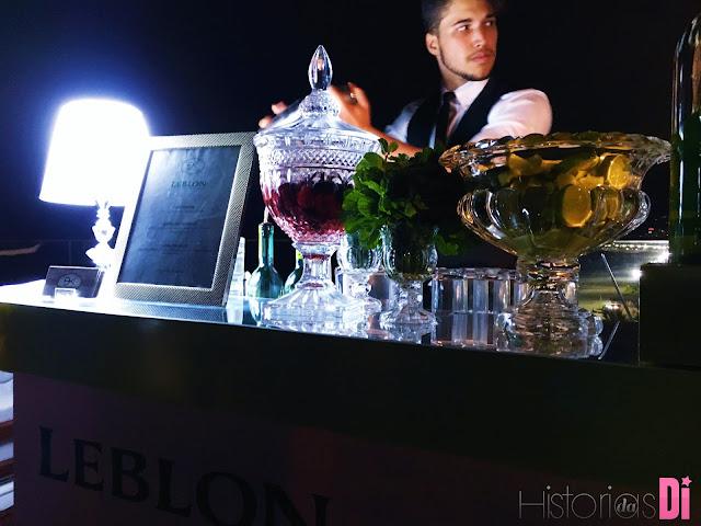 A Cachaça Leblon estava dando show com seus bartanders na Festa Glamurama