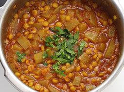 lauki chane ki daal recipe in urdu