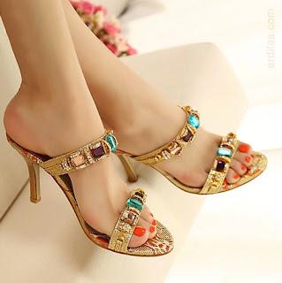 High heels terbuka - Bahaya & Tips Cara Memakai High Heels Yang Benar & Baik