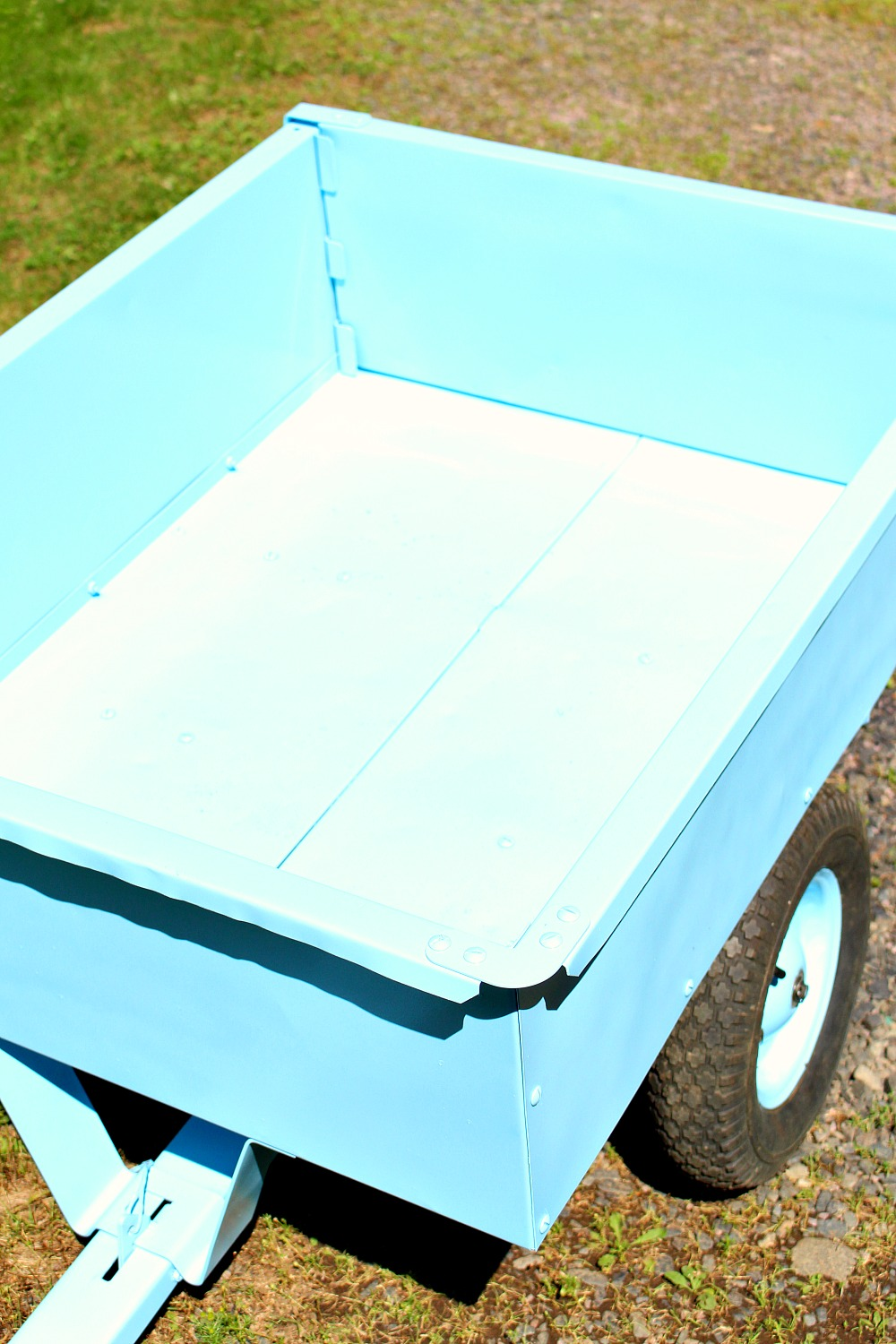 How to Paint a Utility Trailer