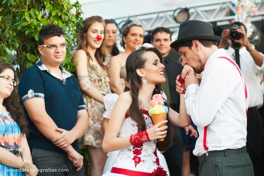 casamento-magico-layane-andre-noivos-carinho