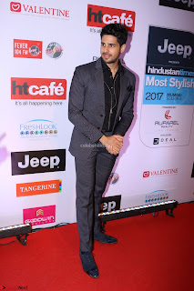 Red Carpet of Most Stylish Awards 2017 ~ Siddarth Kapoor (3).JPG