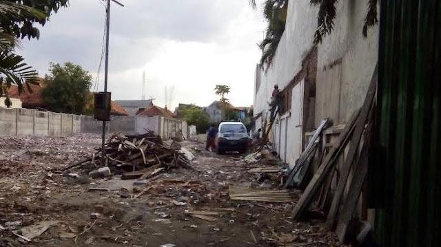 DPRD Surabaya: Yang Merobohkan Rumah Radio Bung Tomo Orang Tidak Beradab!
