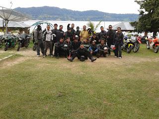 Tim Touring Keliling Danau Toba
