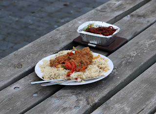 A not-very-nice curry eaten outside