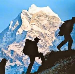 Kisah Misteri Mendaki Gunung