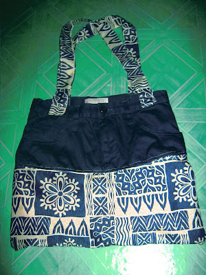 diy recycling used clothes to shopping bag